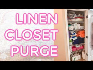 LINEN CLOSET CLEAN AND ORGANIZE|| ORGANIZE MY CLEANING PRODUCTS|Heather McCarthy