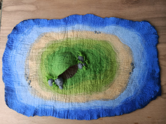 Island play mat with cave