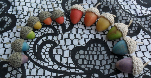 Small Rainbow Acorn Set