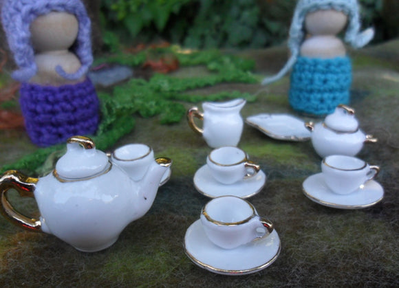 Mini Ceramic Dolls Tea Set - White