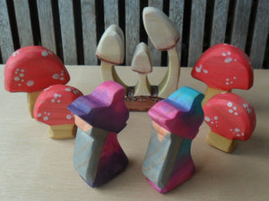 Little Wooden Gnomes