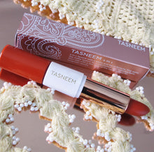 Load image into Gallery viewer, TAMARILLO RED LIPSTICK SET | VIOLA (1395512377405)