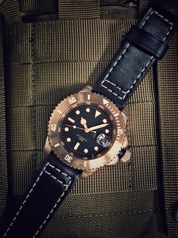 Bronzo sub-oyster case style  (Whole watch or full case assembly)
