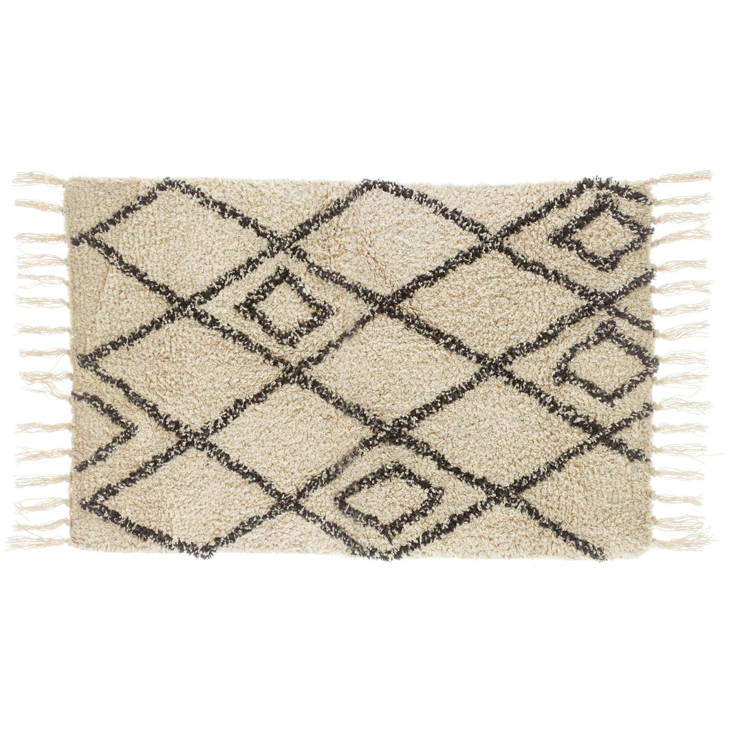 Berber style diamonds tufted rug
