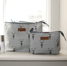 Load image into Gallery viewer, Sophie Allport highland stag canvas make up bag