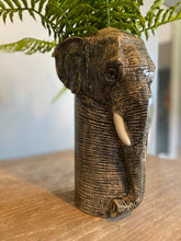 Load image into Gallery viewer, Quail Elephant Vase