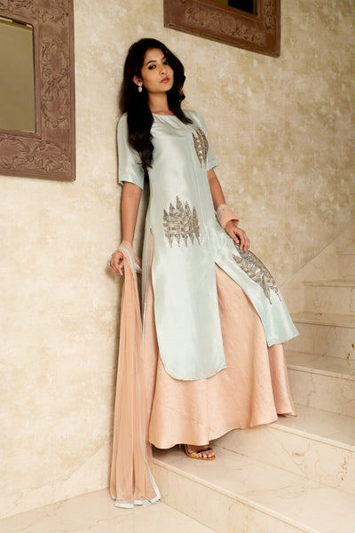 Leaf Embroidered Kurta and Skirt