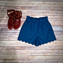 Load image into Gallery viewer, Scallop Chambray Shorts