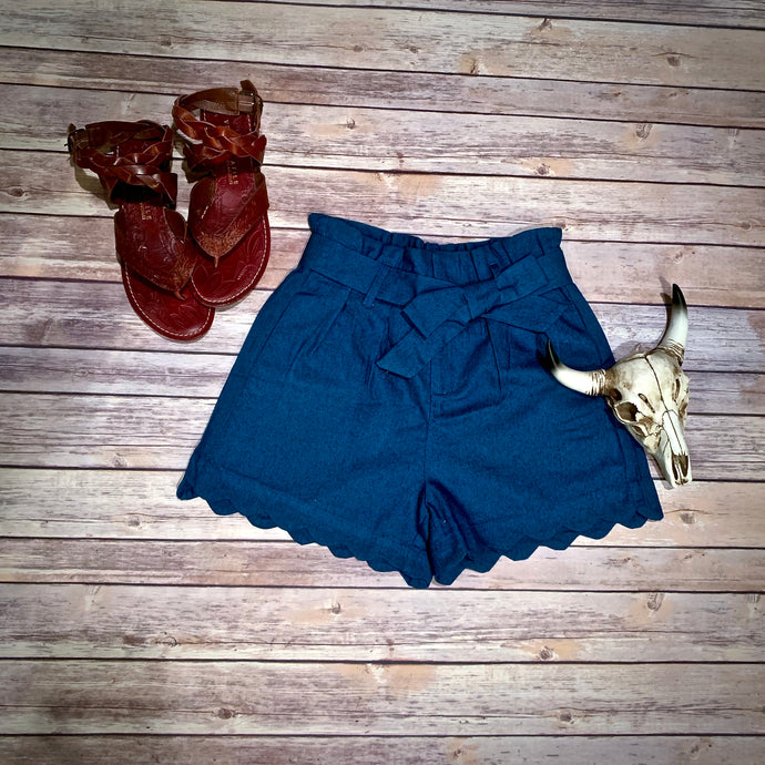 Scallop Chambray Shorts