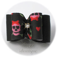 Skull and Crossbones with Hearts - Adult Dog Bow