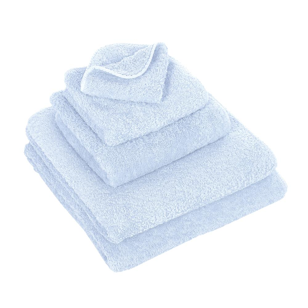 Bath Towels Omphalodes