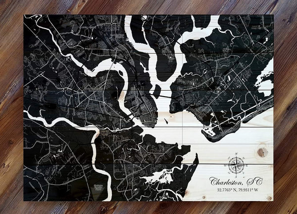 Charleston, SC Black Silhouette Pallet Map