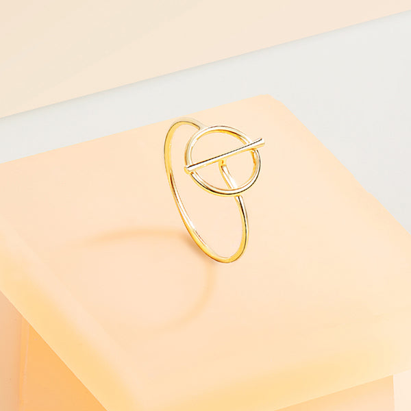 The Golden Ratio Ring
