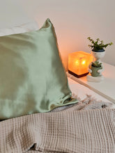 Load image into Gallery viewer, Silk Pillowcase 19mm Sage Single.