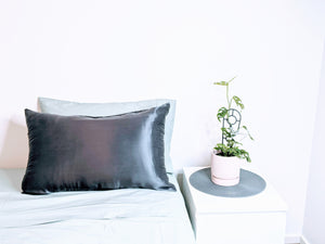 Silk Pillowcase 22mm Charcoal Single