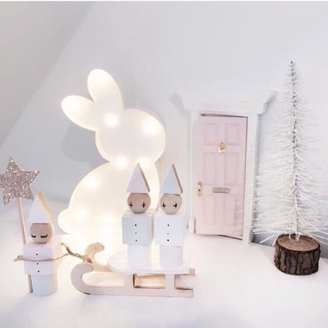 w. INS Nordic IRON Small Night Light Cartoon Rabbit Table Lamp Battery Power LED Light Children Room Decoration Novel New Year Gift - Pink /