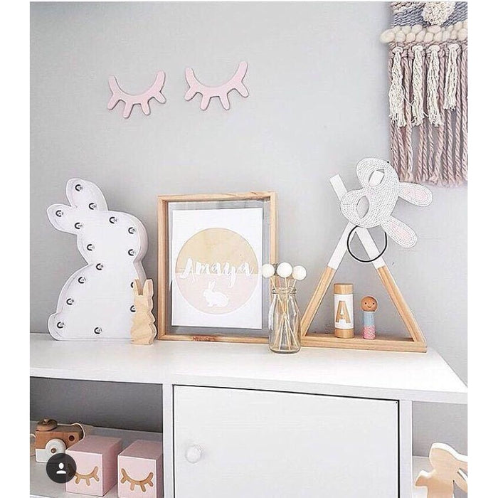 w. INS Nordic IRON Small Night Light Cartoon Rabbit Table Lamp Battery Power LED Light Children Room Decoration Novel New Year Gift
