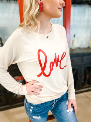 LONG SLEEVE LOVE GRAPHIC TOP
