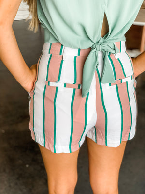 STRIPED PLEATED SHORTS