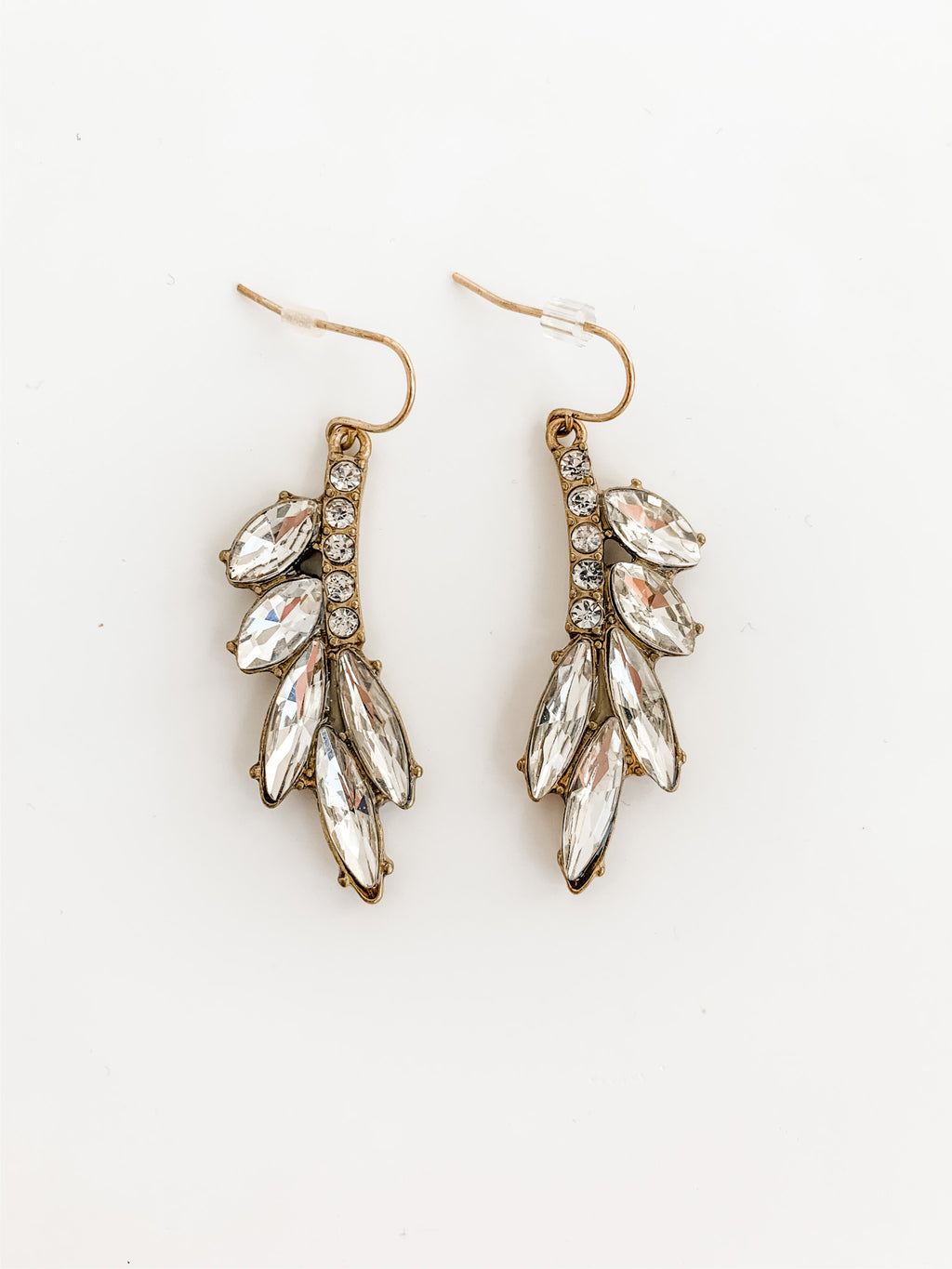 EVELYN RETRO WINGED EARRINGS