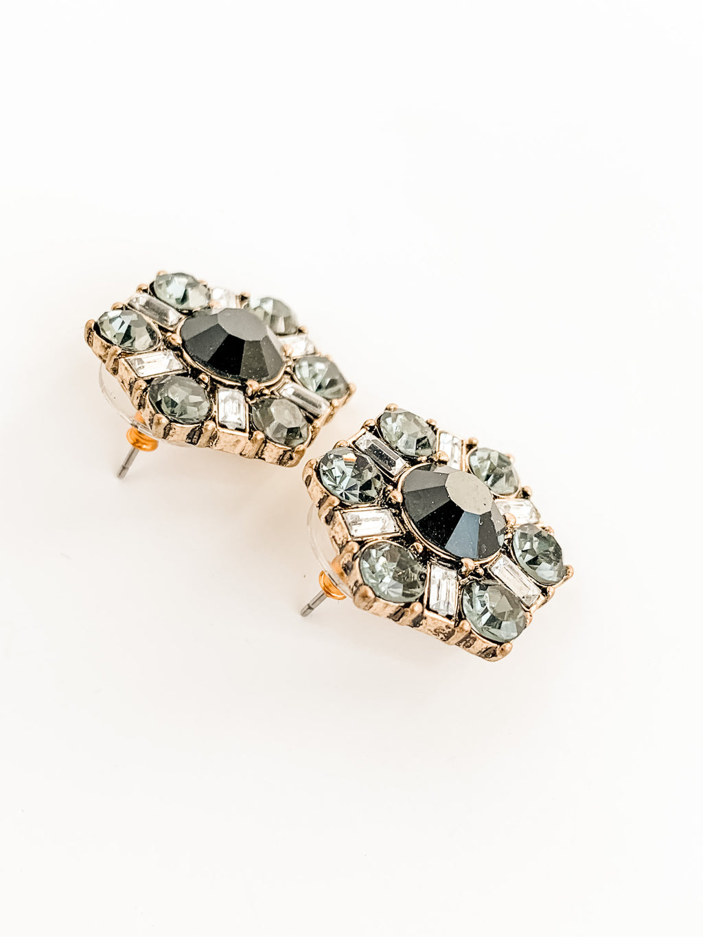 CLAUDETTE RETRO EARRINGS