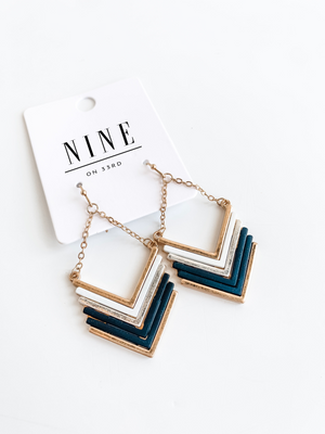 METAL COATED CHEVRON EARRINGS