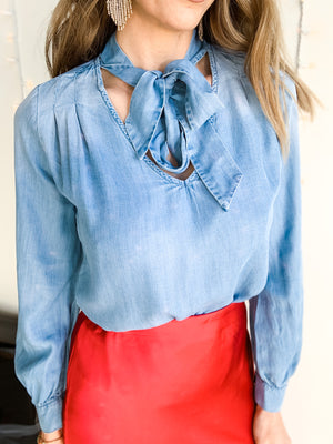 CHAMBRAY NECK TIE TOP