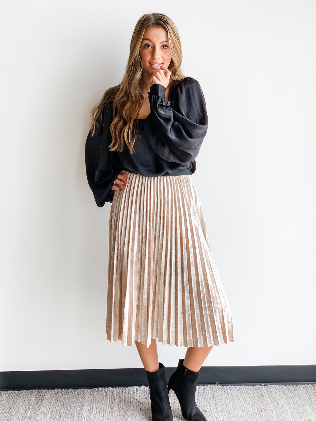 VELVET PLEAT MIDI SKIRT