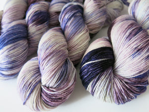 hand dyed purple yarn for knitting and crochet