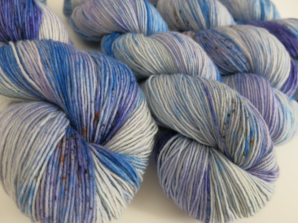 speckled blue yarn from indie dyer my mama knits