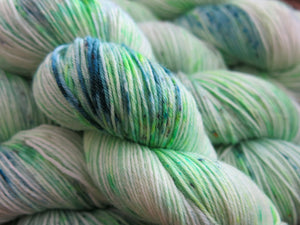 hand dyed green superwash sock yarn 100g skeins