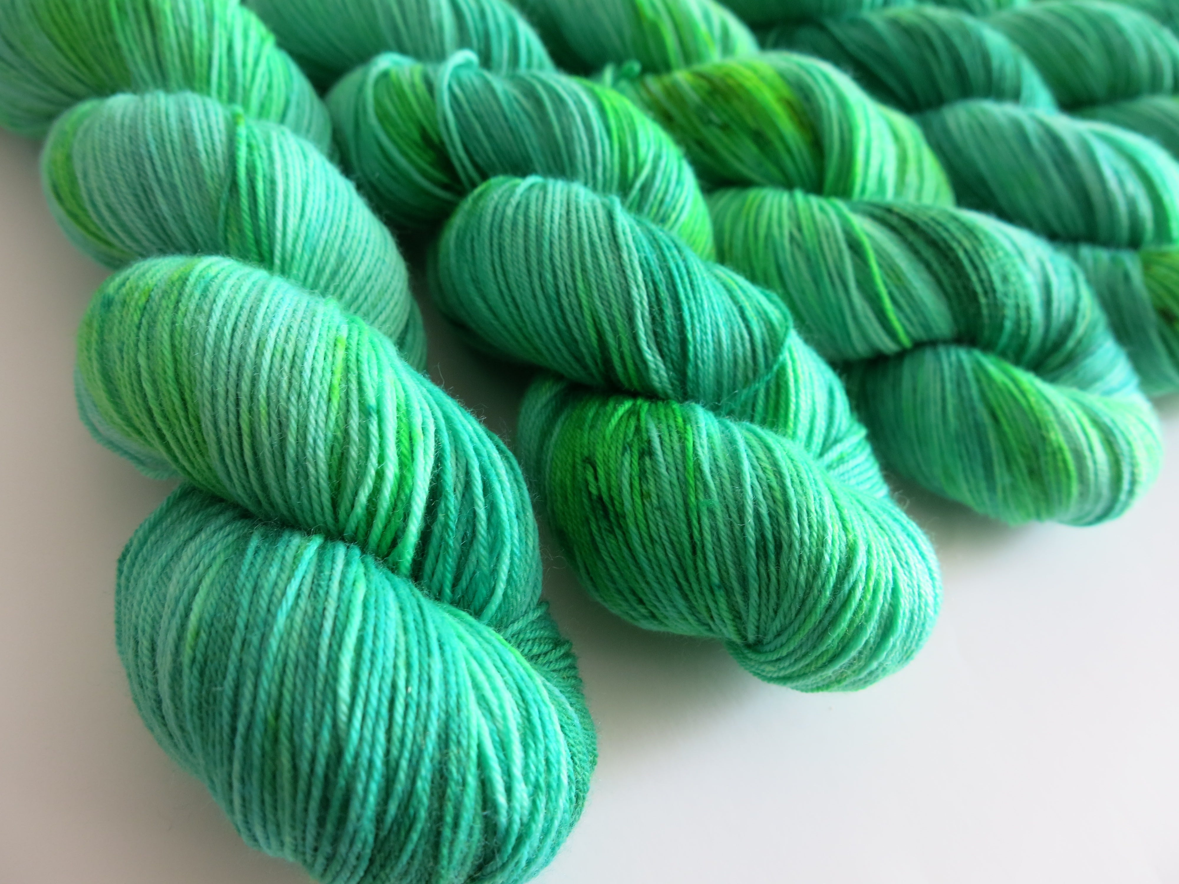 indie dyed yarn inspired by the wizard of oz