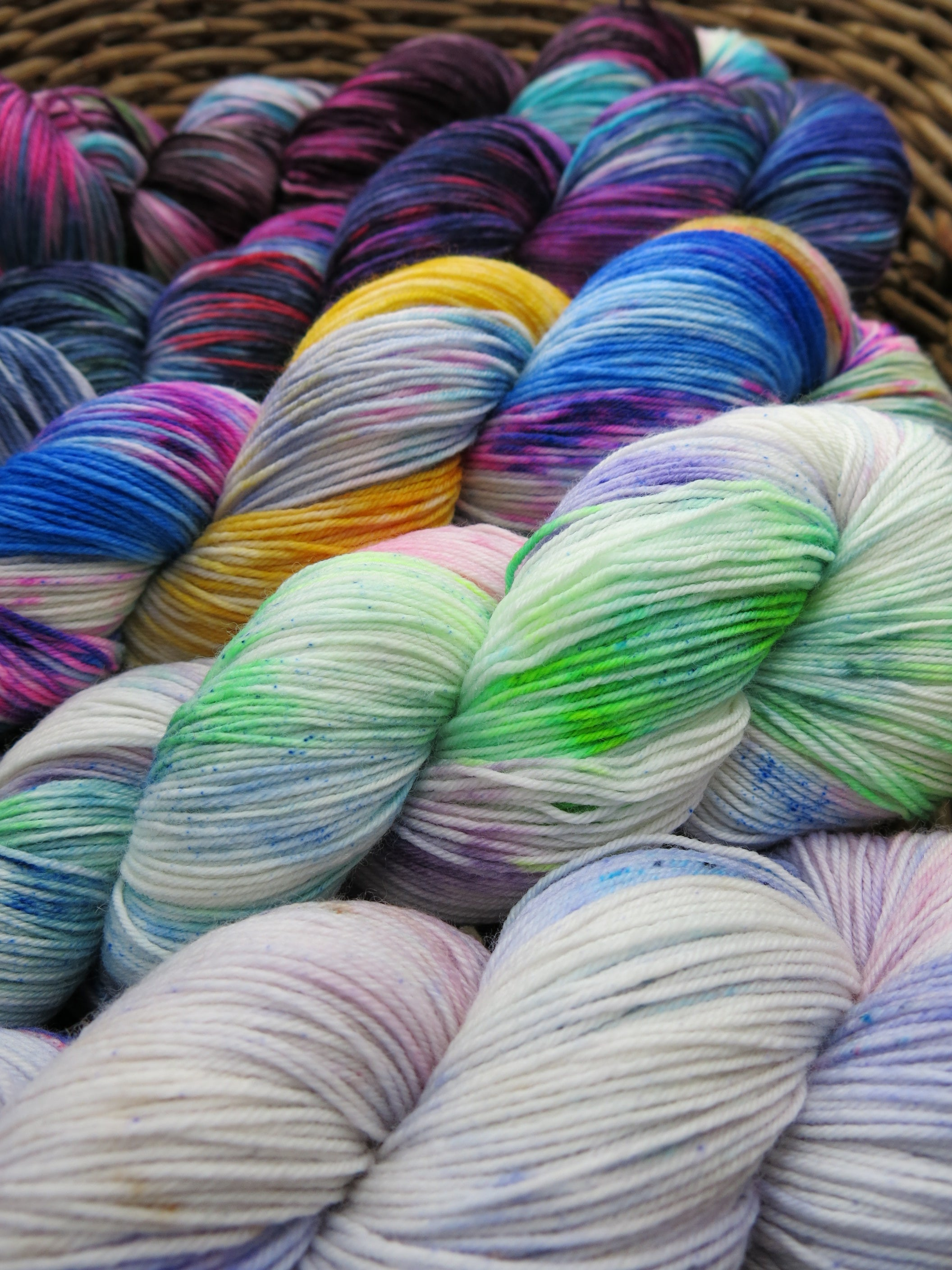 indie dyed 500g sock yarn fade set for fading point wrap