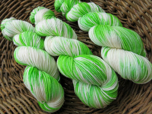 indie dyed lime green 8 ply merino for knitting