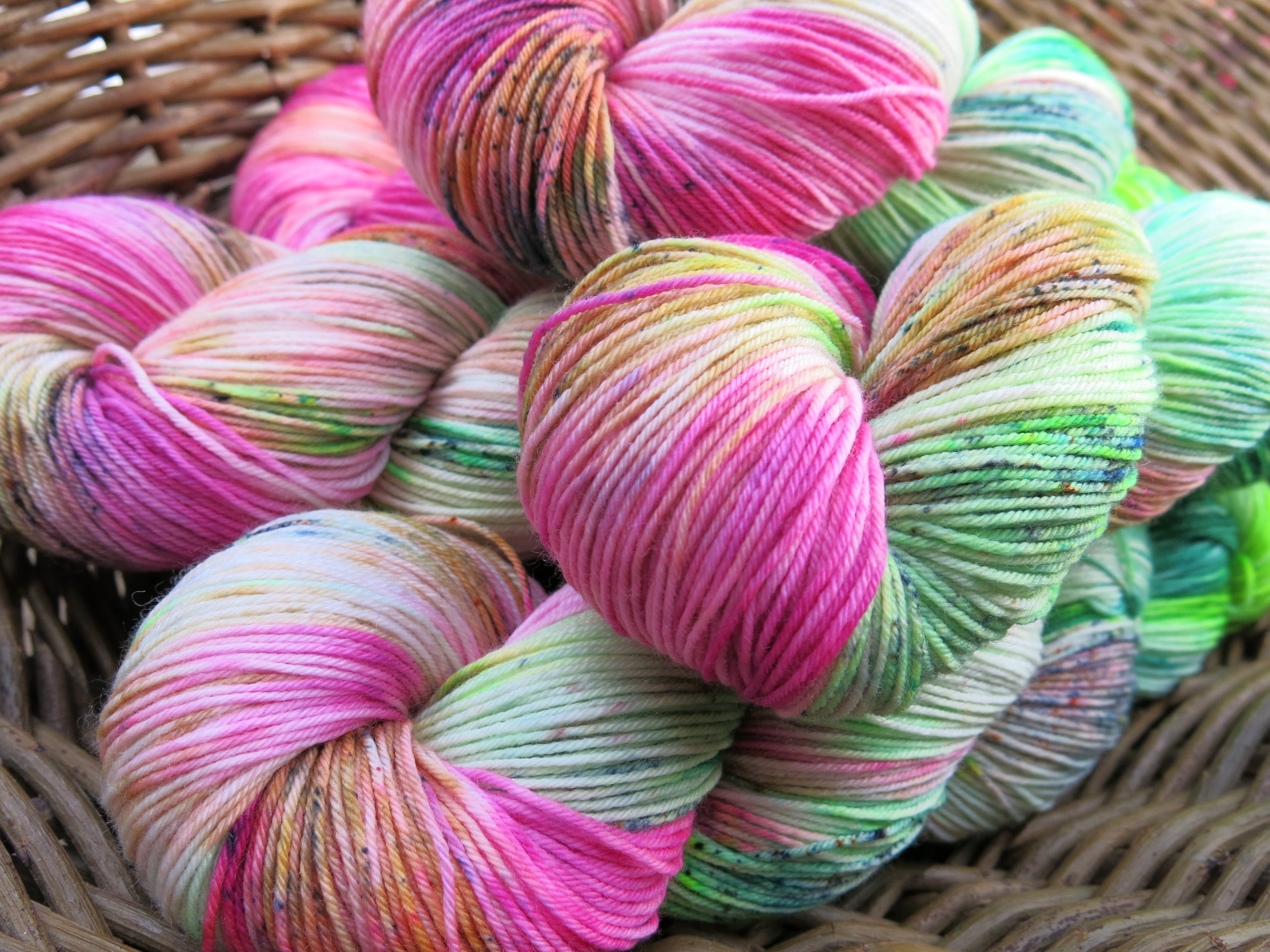 indie dyed speckled merino wool