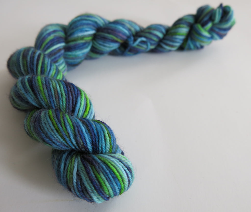hand dyed blue superwash sock yarn