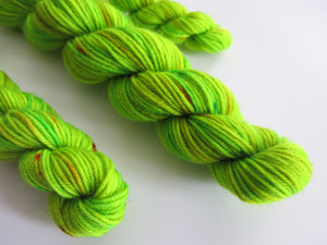 indie dyed uv reactive green sock yarn