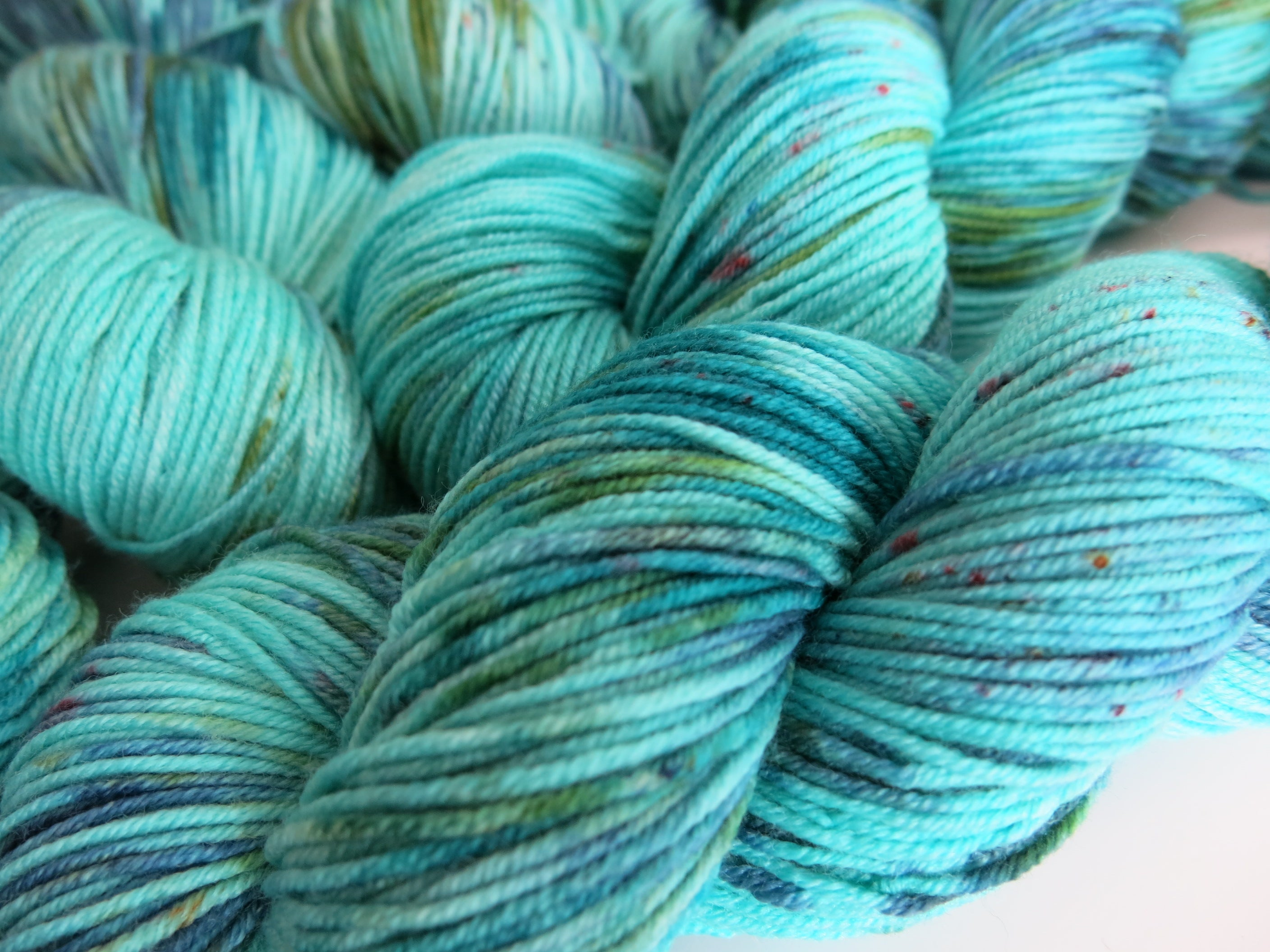 blue and green superwash merino dk yarn