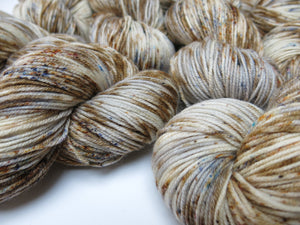 haggis hand dyed superwash merino do yarn skeins