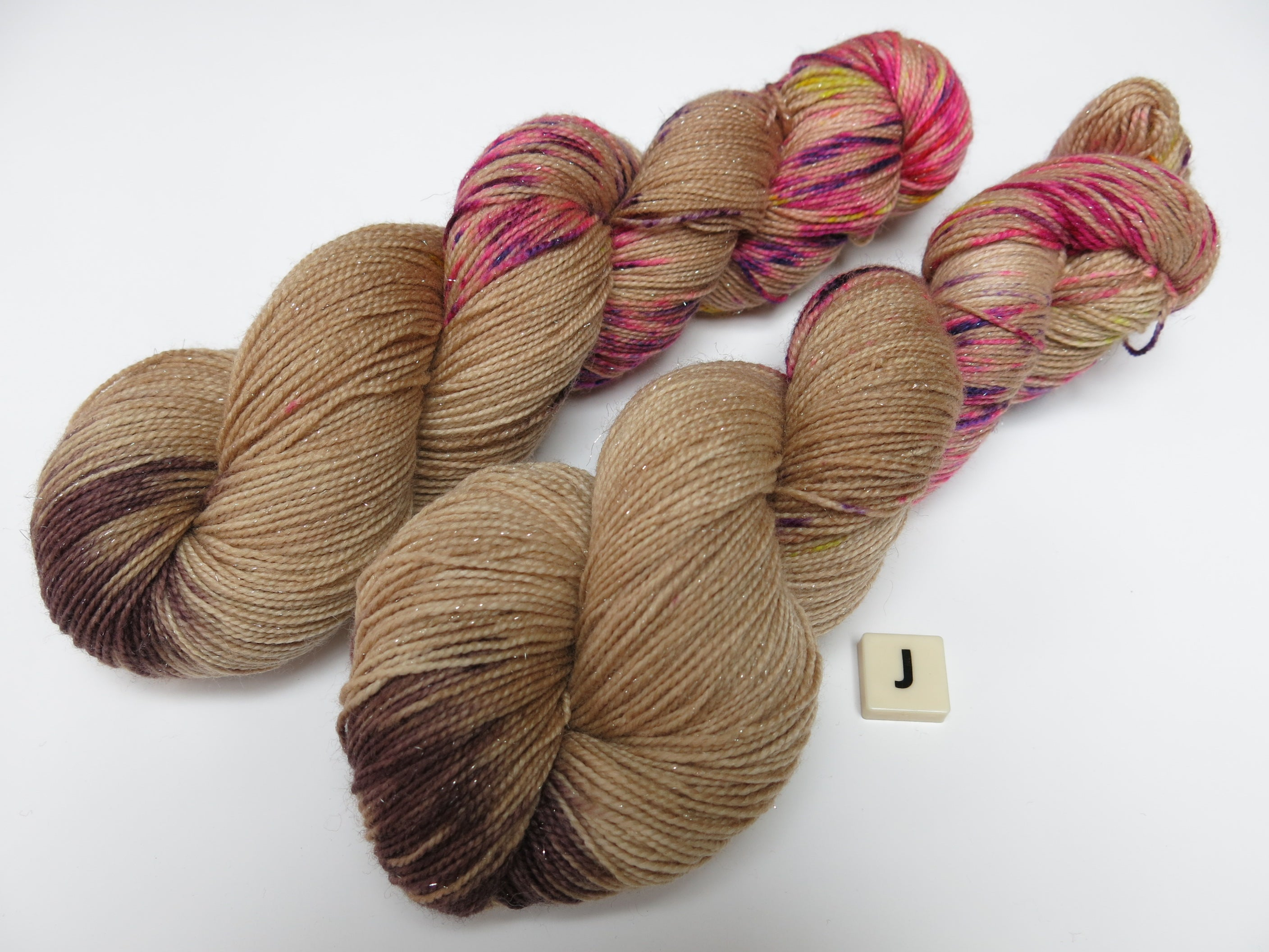 uk dyed superwash merino yarn skeins
