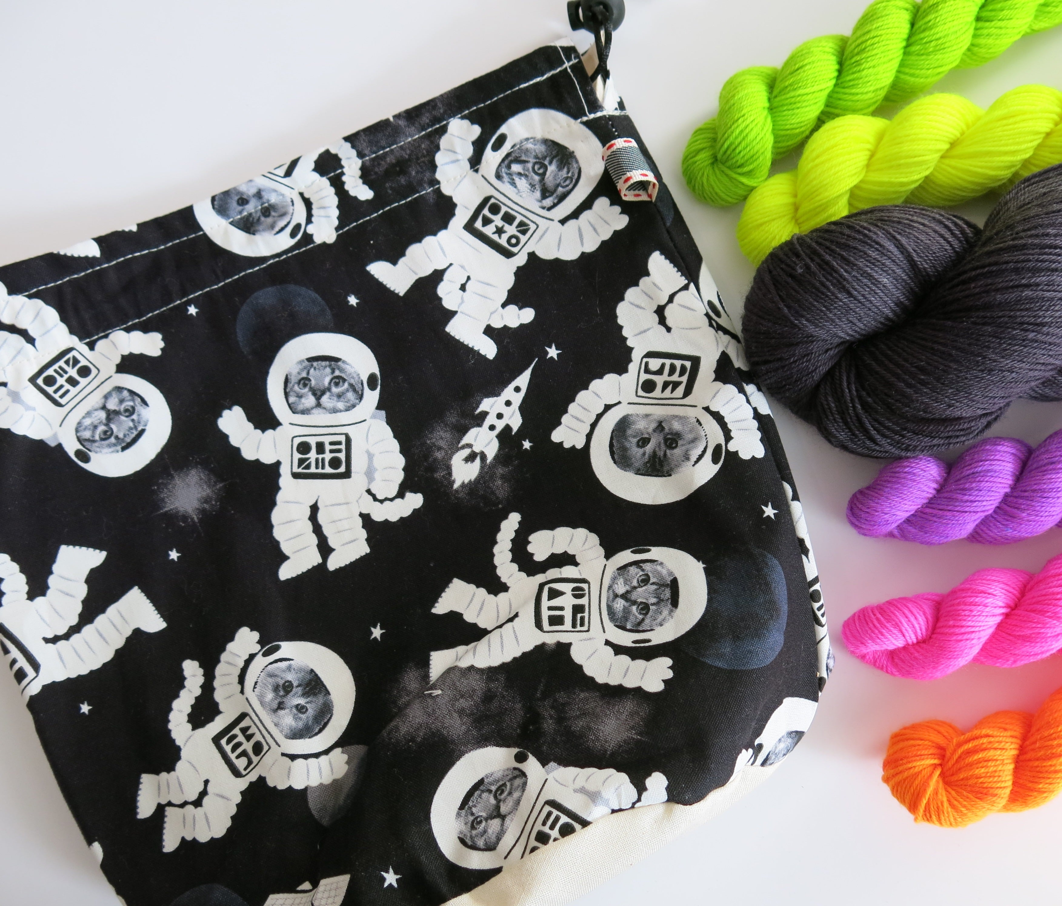 glow in the dark space cat knitting project bag