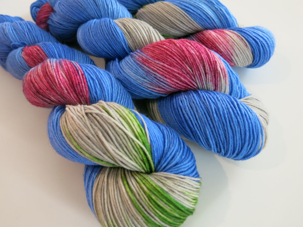 hand dyed yarn inspired by the color kittens hush