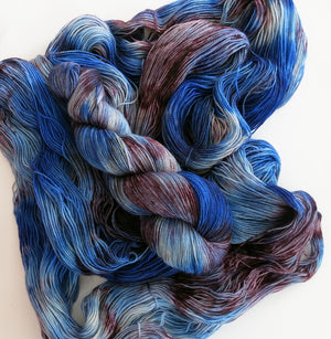 hand dyed purple and blue high twist bfl yarn skeins