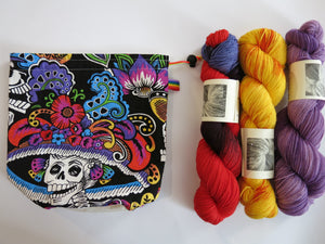drawstring toggle close la catrina project bag for knitting and crochet