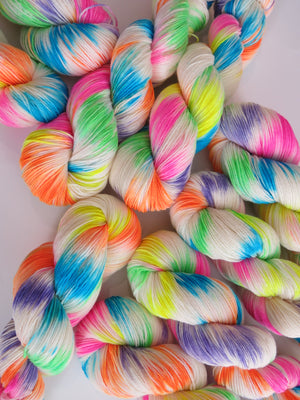 day of the dead sugar skull uv reactive yarn for knitting and crochet