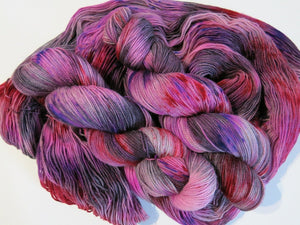 hand dyed bfl sock in valentine red and pink for crafts