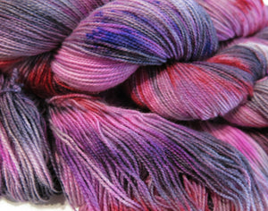 uv reactive yarn for festival and glow party knitting