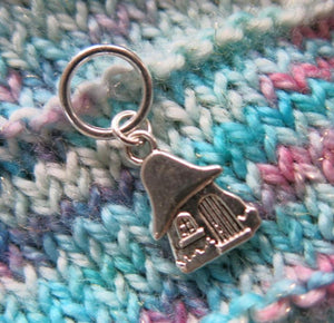 silver alloy snagless gnome house stitch marker for knitting