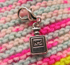 perfume no 5 charm for bracelets, crochet and knitting