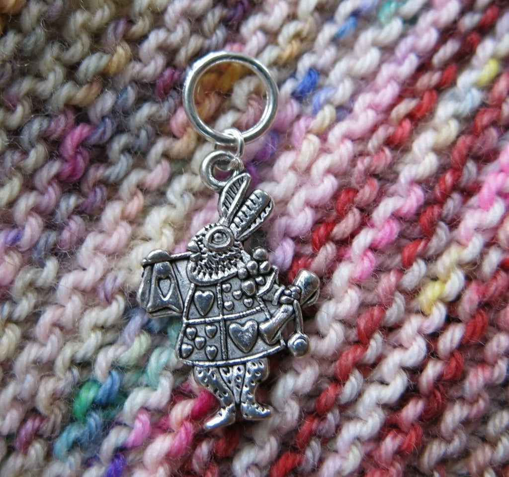 snagless alice in wonderland white rabbit stitch marker